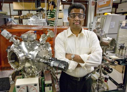 Ramamoorthy Ramesh in his laboratory